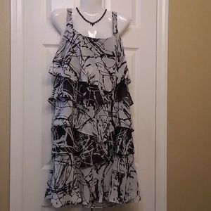 Gorgeous black and white multi tiered tank dress